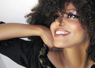 moisturizing skin care healthy skin beauty