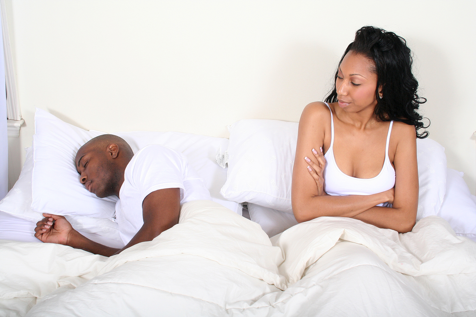Revealed 5 reasons men are unable to satisfy their women for Hot bed love images