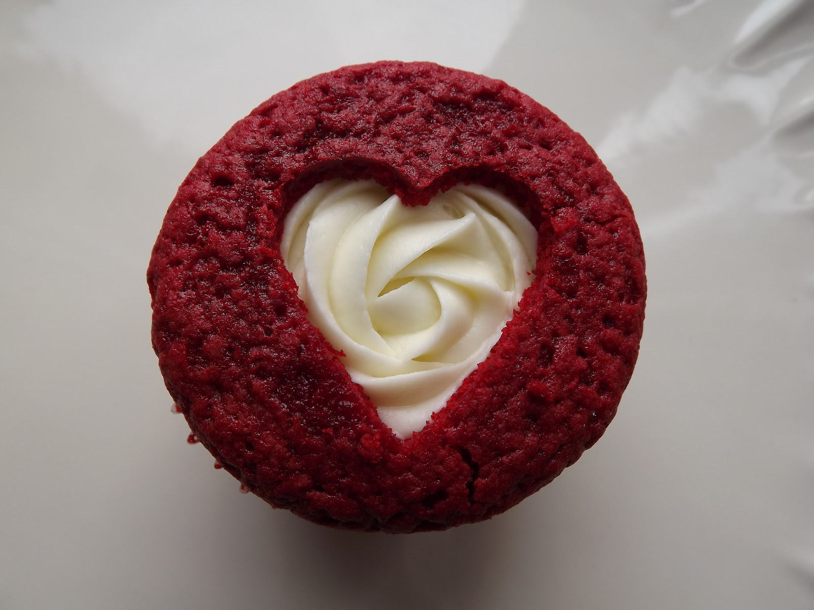 Red Velvet Cake Recipe Kenya: GIFs: Valentine Wishes, We Cake You [LOOK]