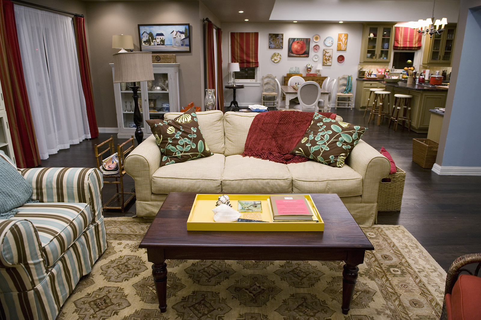 17 fun ways to do up your living room the trent for Fun living room furniture