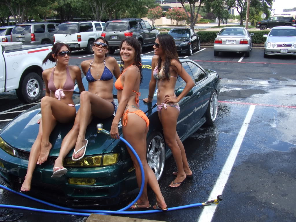 topless-girl-after-car-wash