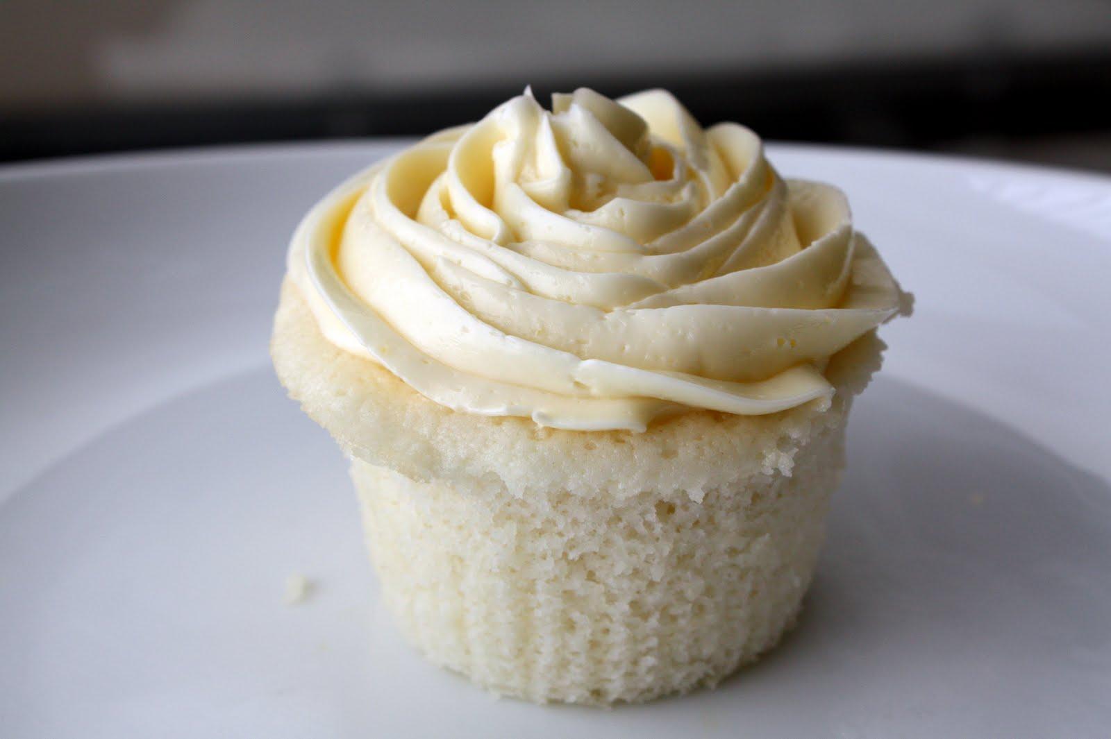 Lemon Coconut Cupcakes 34