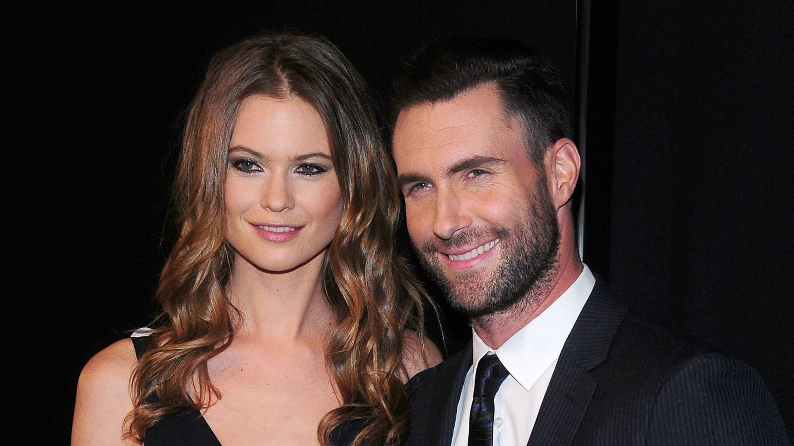 Oscar Winners 2009 Jennifer Aniston 378762 likewise Watch besides Jennifer Lopez Gets Wicked Lacy Black Gown Keith Urban S Love Nicole Kidman Brings Wild Leopard Print American Idol Grand Finale moreover Shawn Mendes Illuminate Album Stream Download Listen Now as well Best Frida Kahlo Quotes. on red carpet watch online