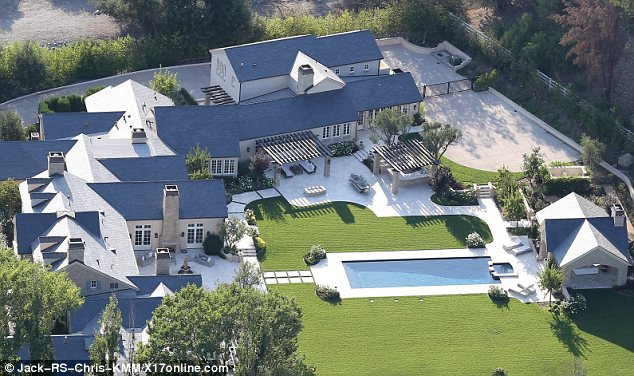 Kim kardashian and kanye west spends 20 million on for Kanye west house address