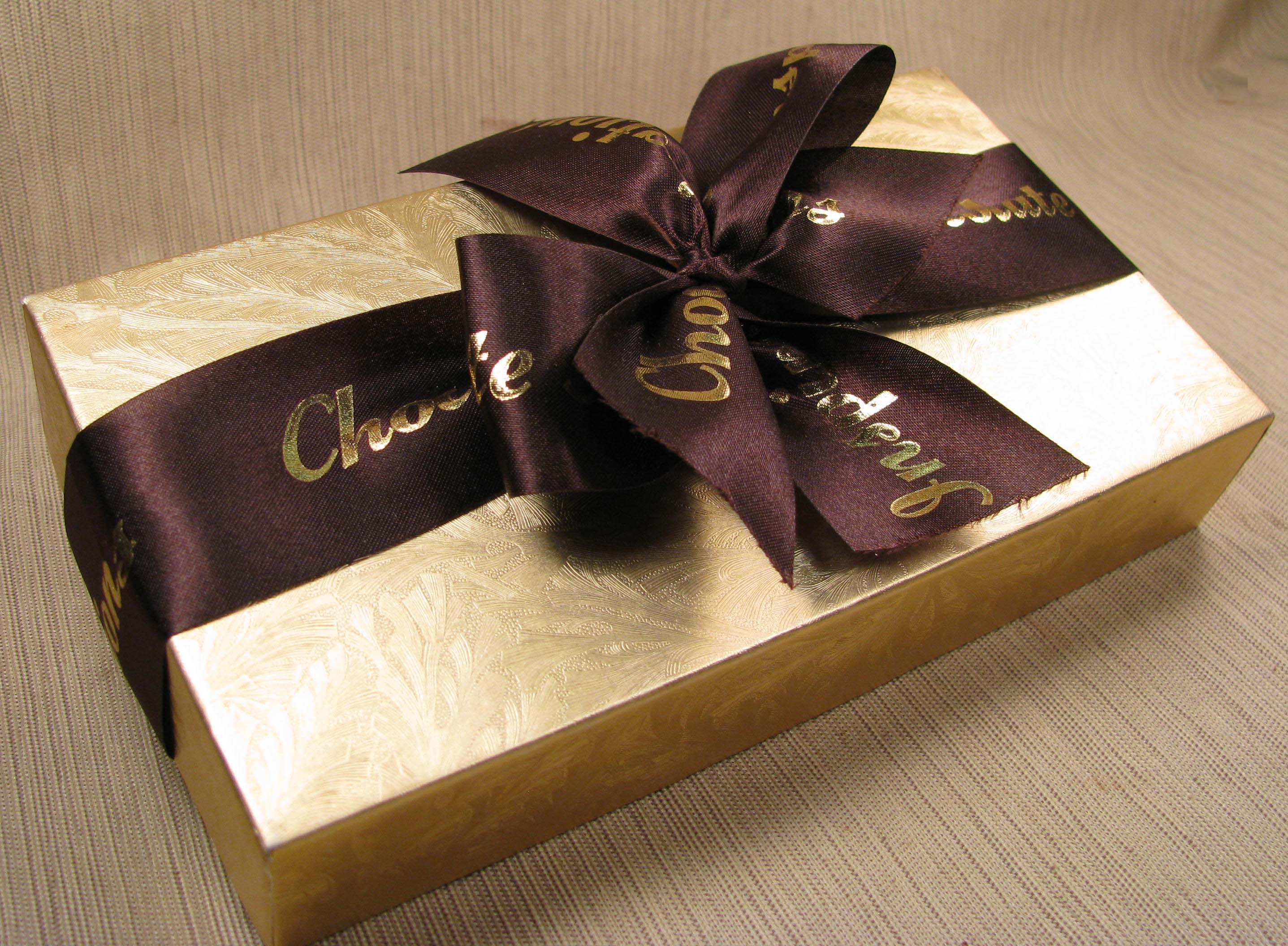 Gift Box Of Chocolates : Creative ways to give a gift card nigeria newspapers