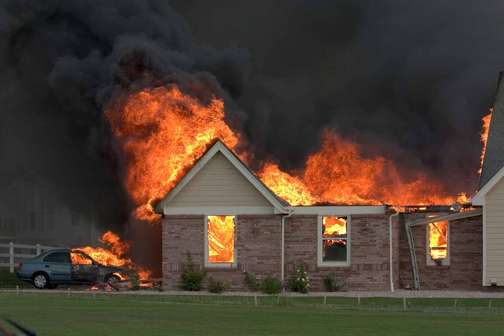 a house on fire essay Fire protection systems essay fire is an uncontrolled process of burning that creates a danger to human life and is accompanied by the destruction of property.