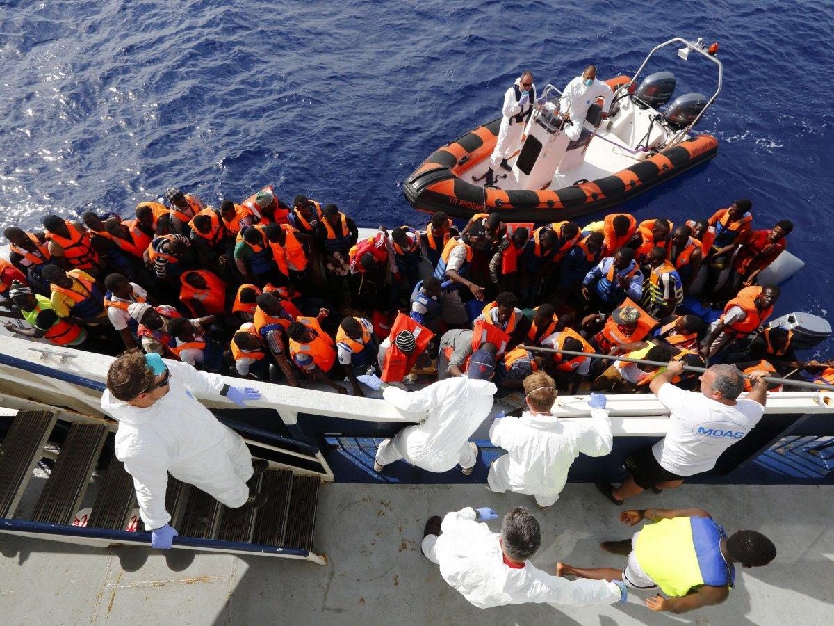migration crisis migrant boat