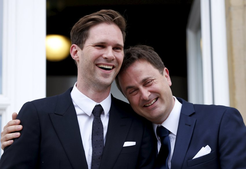 luxembourg s prime minister xavier bettel marries his gay. Black Bedroom Furniture Sets. Home Design Ideas