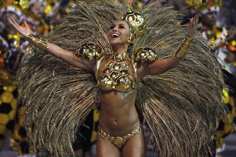FAY: Nudes in rio de janeiro carnival parade