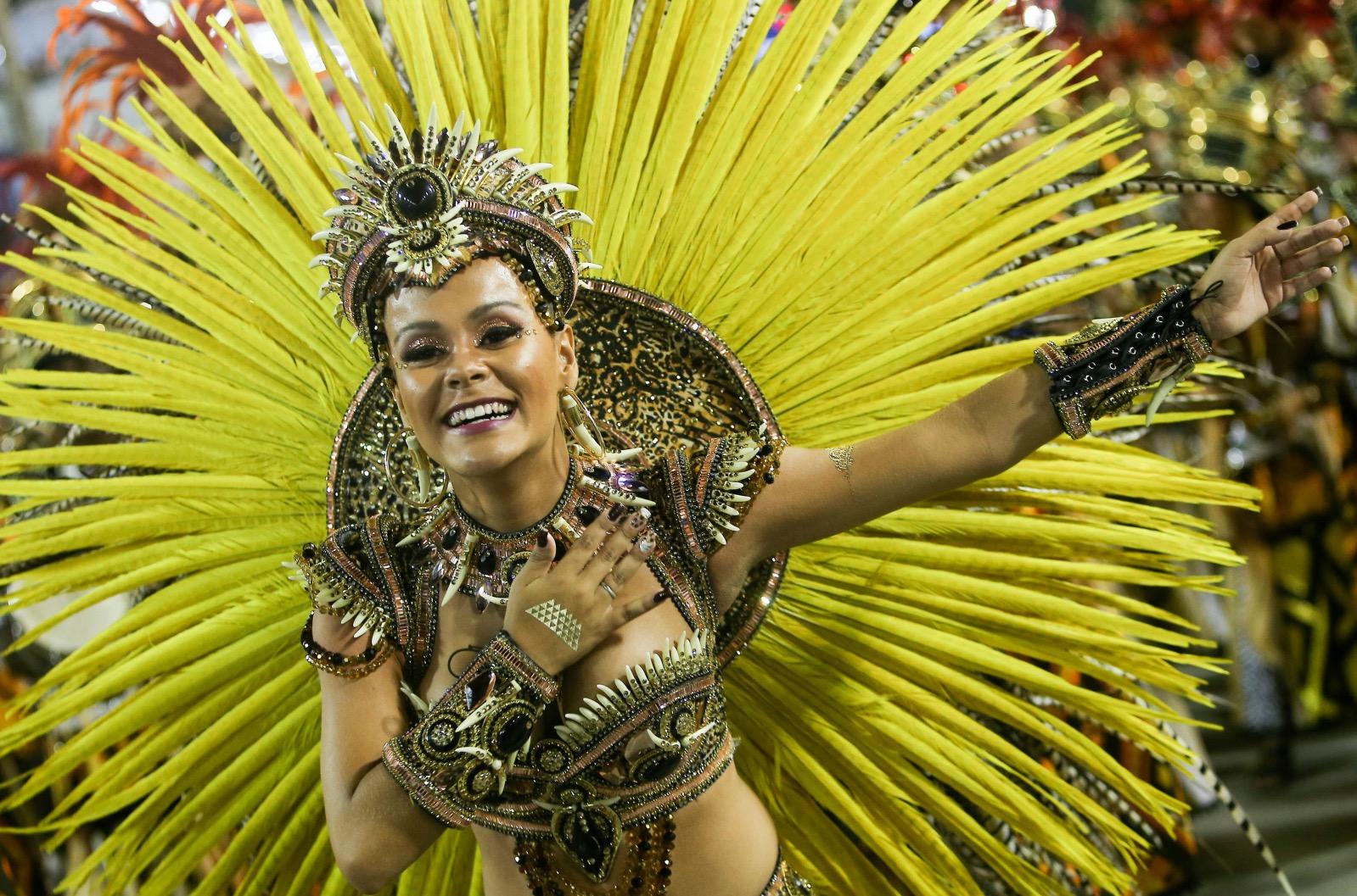 LILY: Nudes in rio de janeiro carnival parade