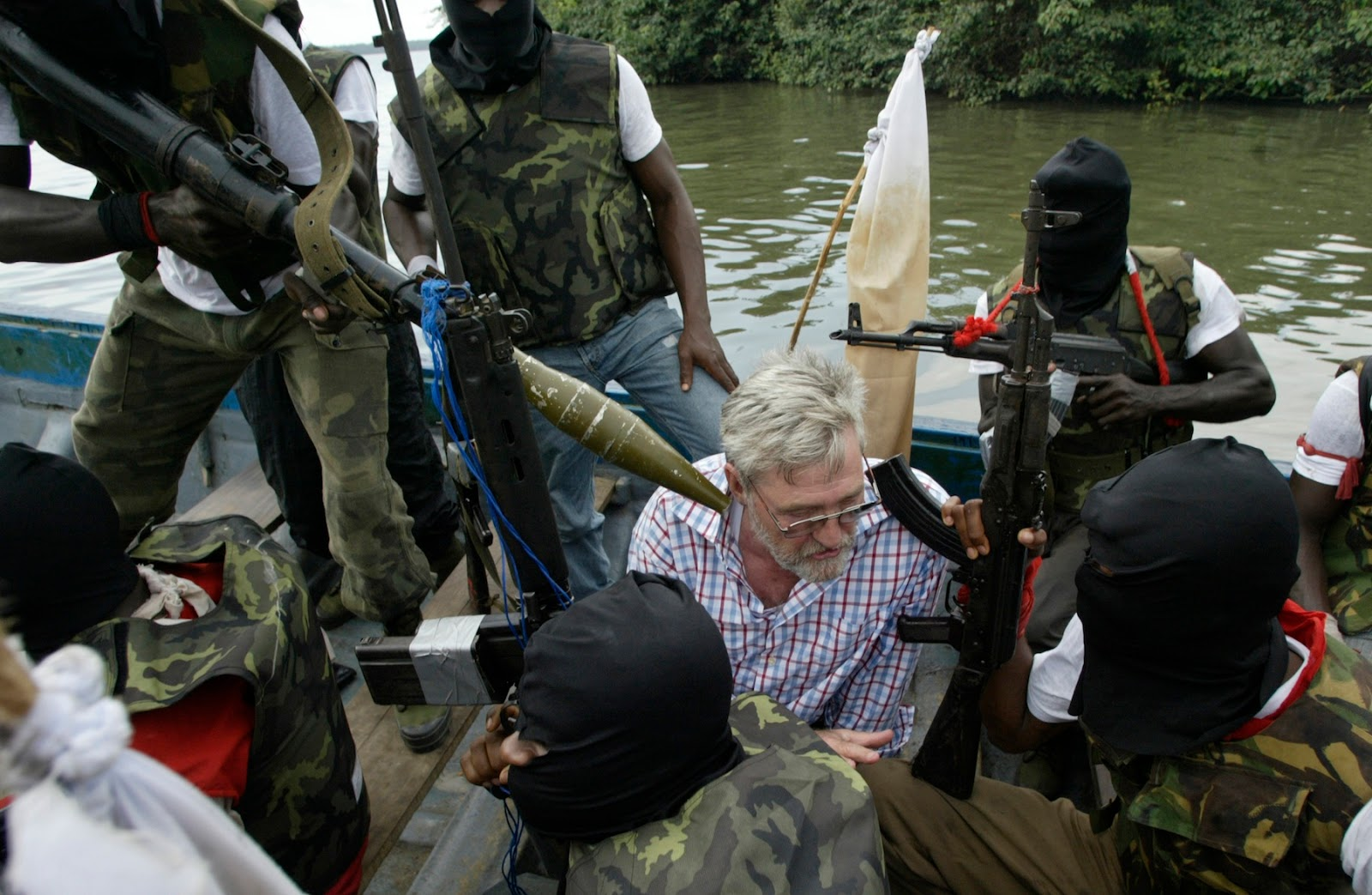kidnapping crime and niger delta militants Maritime kidnap for ransom is a crime deeply rooted and geographically concentrated in the niger delta  in which militants were bought off with security contracts, education bursaries, and .