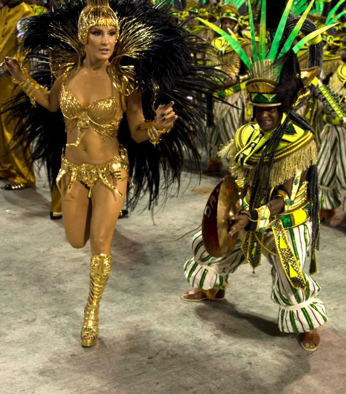 nude ass samba dancer