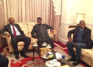 President Muhammadu Buhari (2nd right), Senate President Bukola Saraki, (3rd right), Speaker Yakubu Dogara (right), and Senator Lawan at Abuja House in London