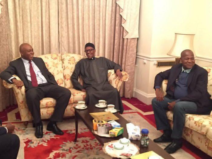 President Muhammadu Buhari (2nd right), Senate President Bukola Saraki, (3rd right), Speaker Yakubu Dogara (right), and Senator Lawan at Abuja House in London